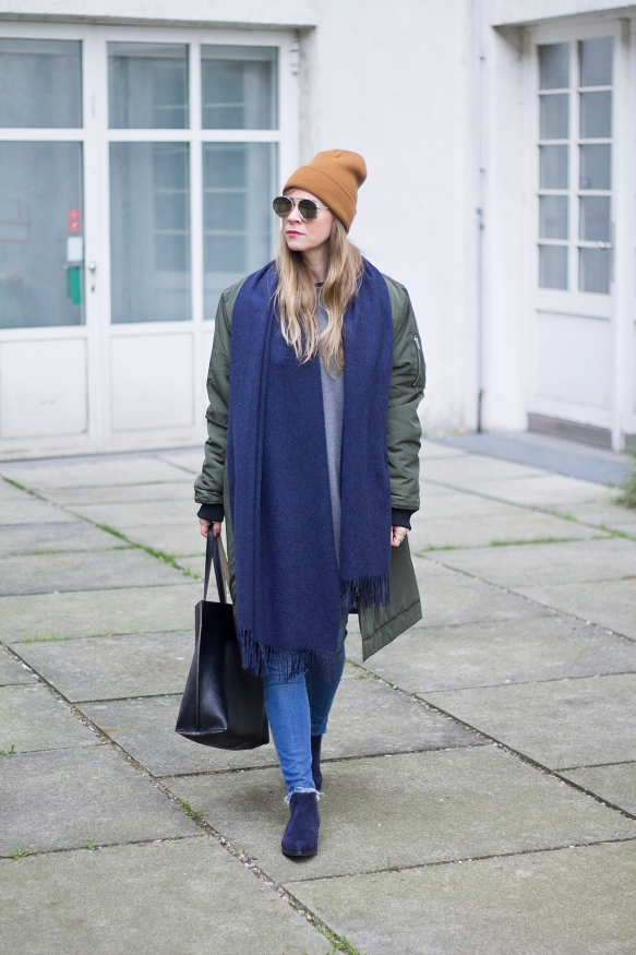 Loating Bohemian BlueScarf 10