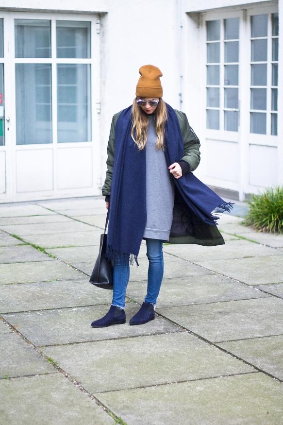 Loating Bohemian BlueScarf 9.1