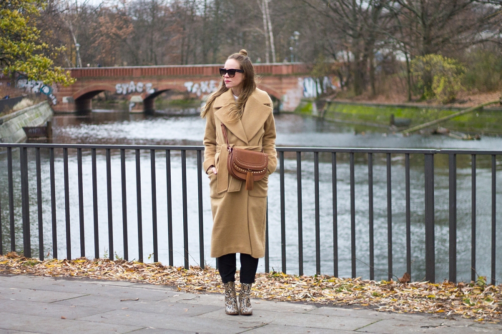 Floating Bohemian Camel Coat 9